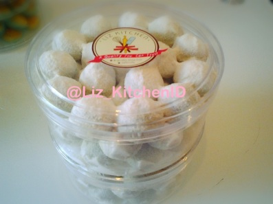 Green Tea Snow Ball Chocochips_LizKitchen